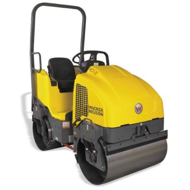 Where to find 1 TON VIBRATORY ROLLER in Framingham / Hudson